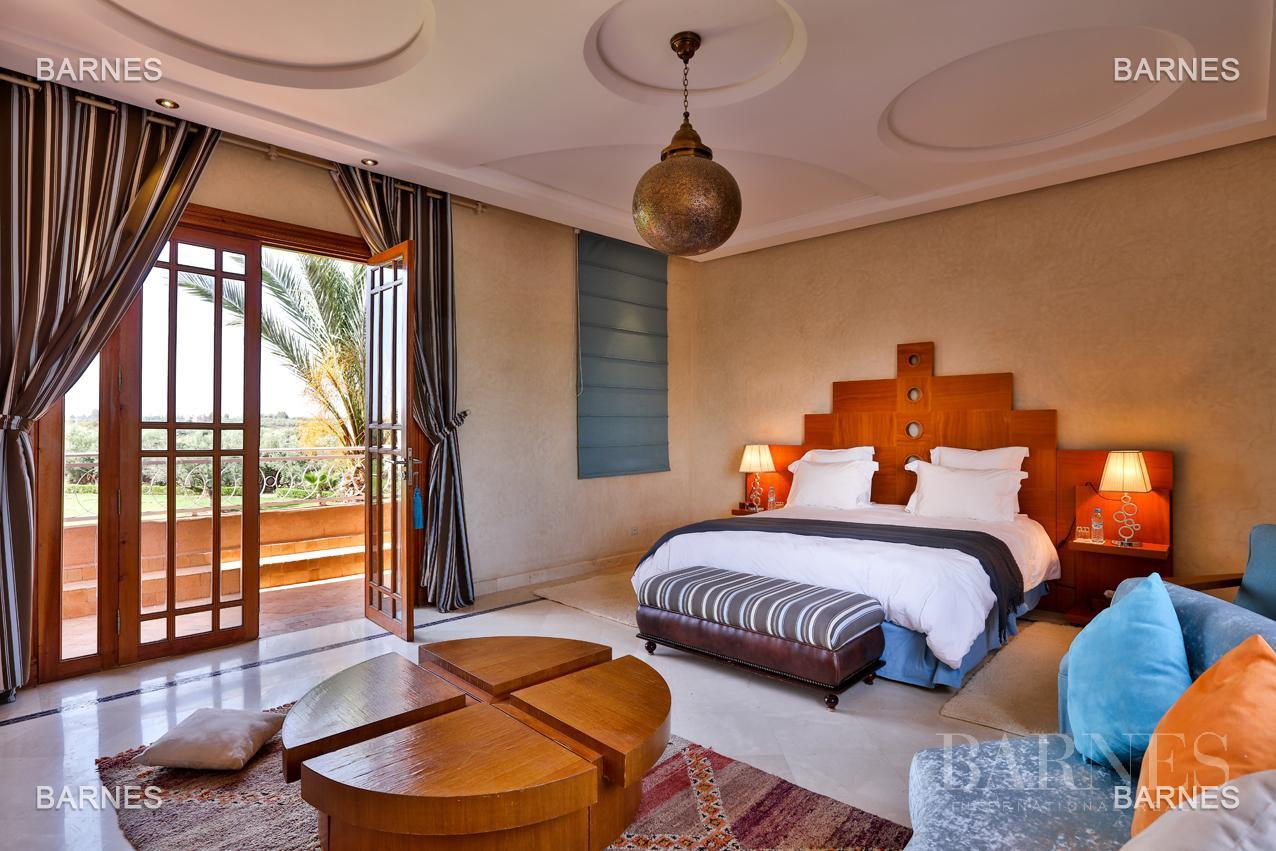 Moroccan architecture Villa in a private domain of 6 villas picture 9