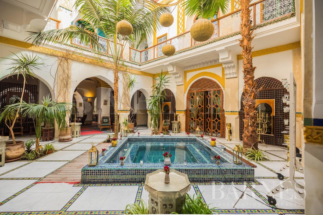 Marrakech  - Riad 9 Bedrooms - picture 1