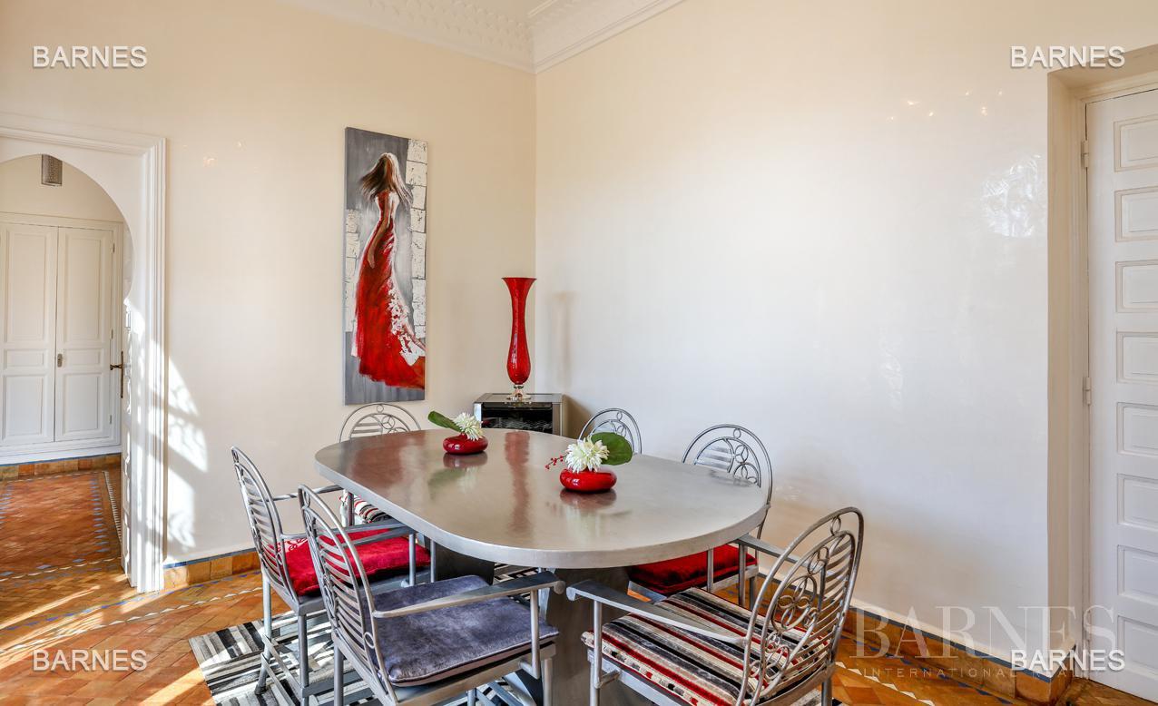 Superbe Villa meublée avec gout signée Charles Boccara dans une résidence sécurisée picture 3
