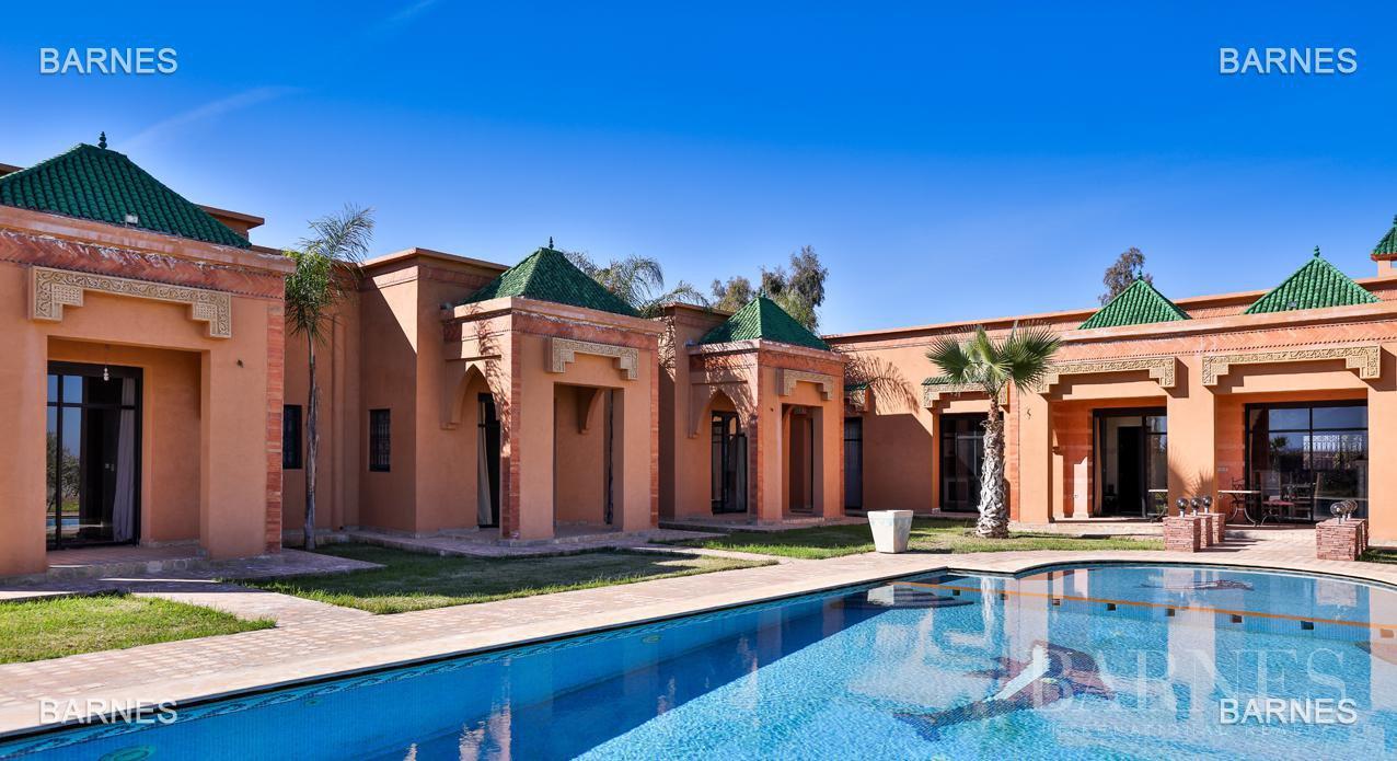 Marrakech  - Villa 5 Pièces 3 Chambres - picture 1