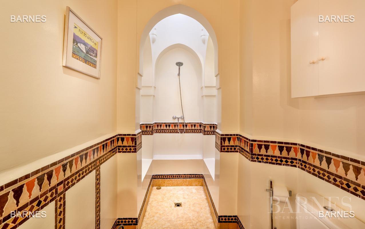 Superbe Villa meublée avec gout signée Charles Boccara dans une résidence sécurisée picture 4