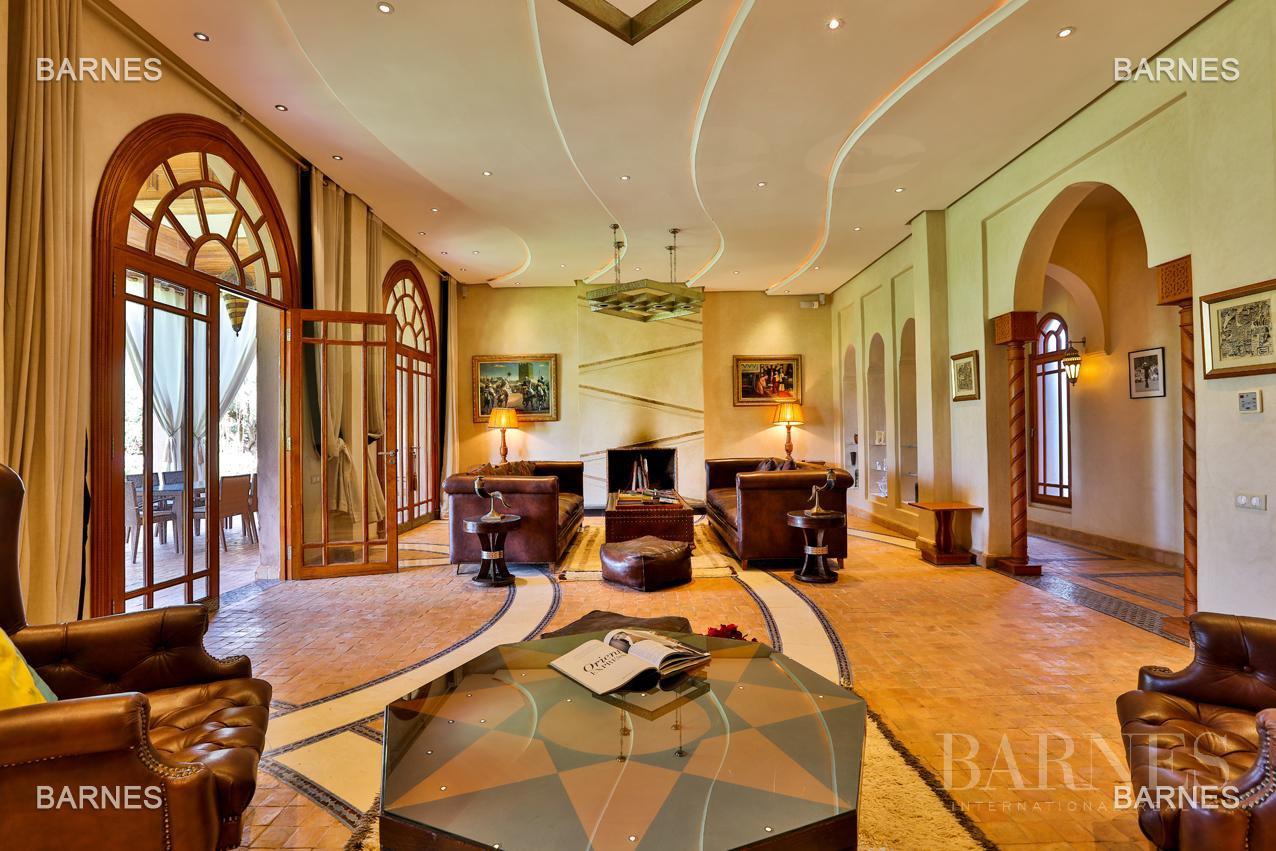 Moroccan architecture Villa in a private domain of 6 villas picture 16
