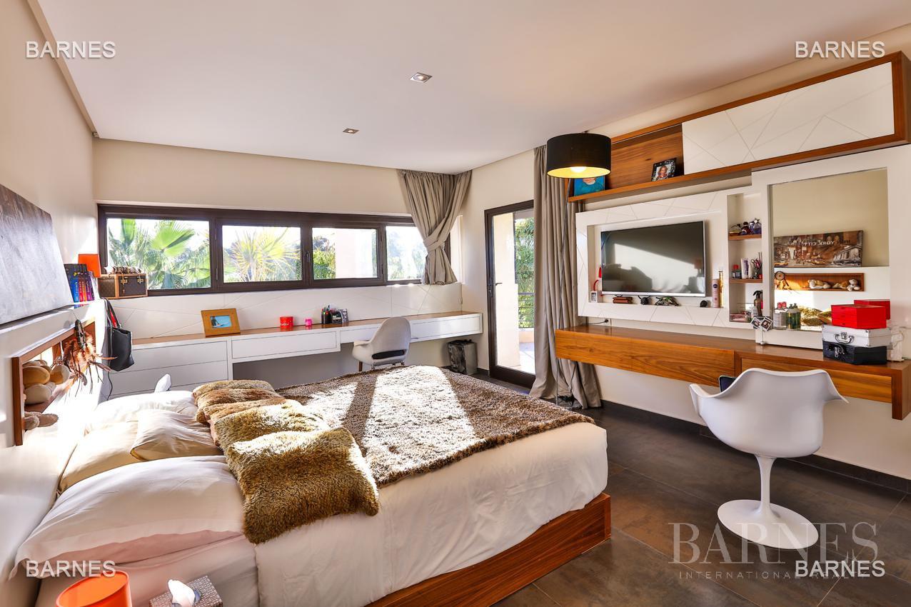 Très belle villa de style contemporaine sur un terrain de 1.000 m² picture 11