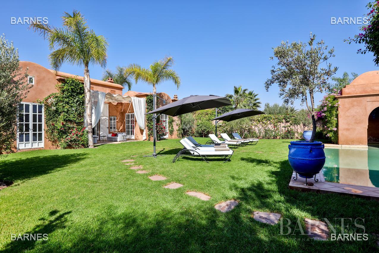 Superbe Villa meublée avec gout signée Charles Boccara dans une résidence sécurisée picture 13