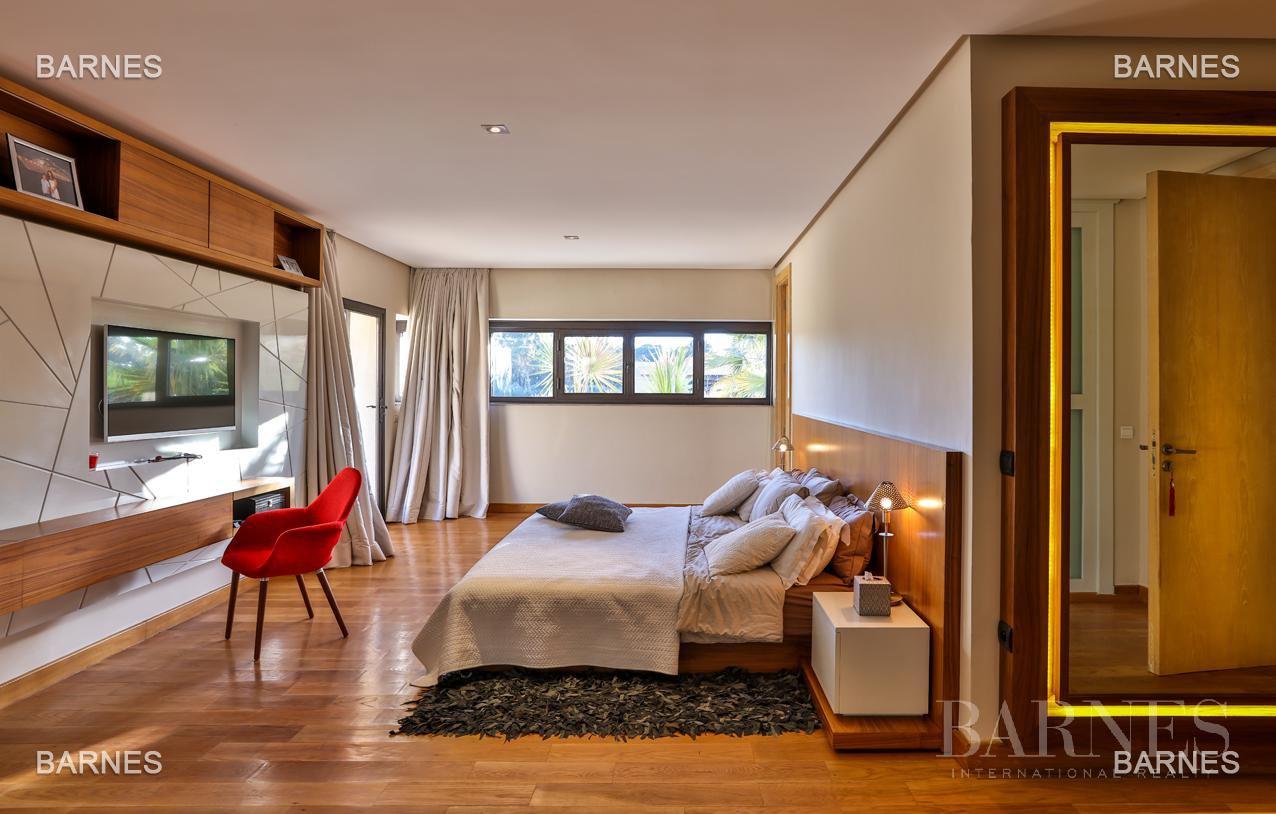 Très belle villa de style contemporaine sur un terrain de 1.000 m² picture 13