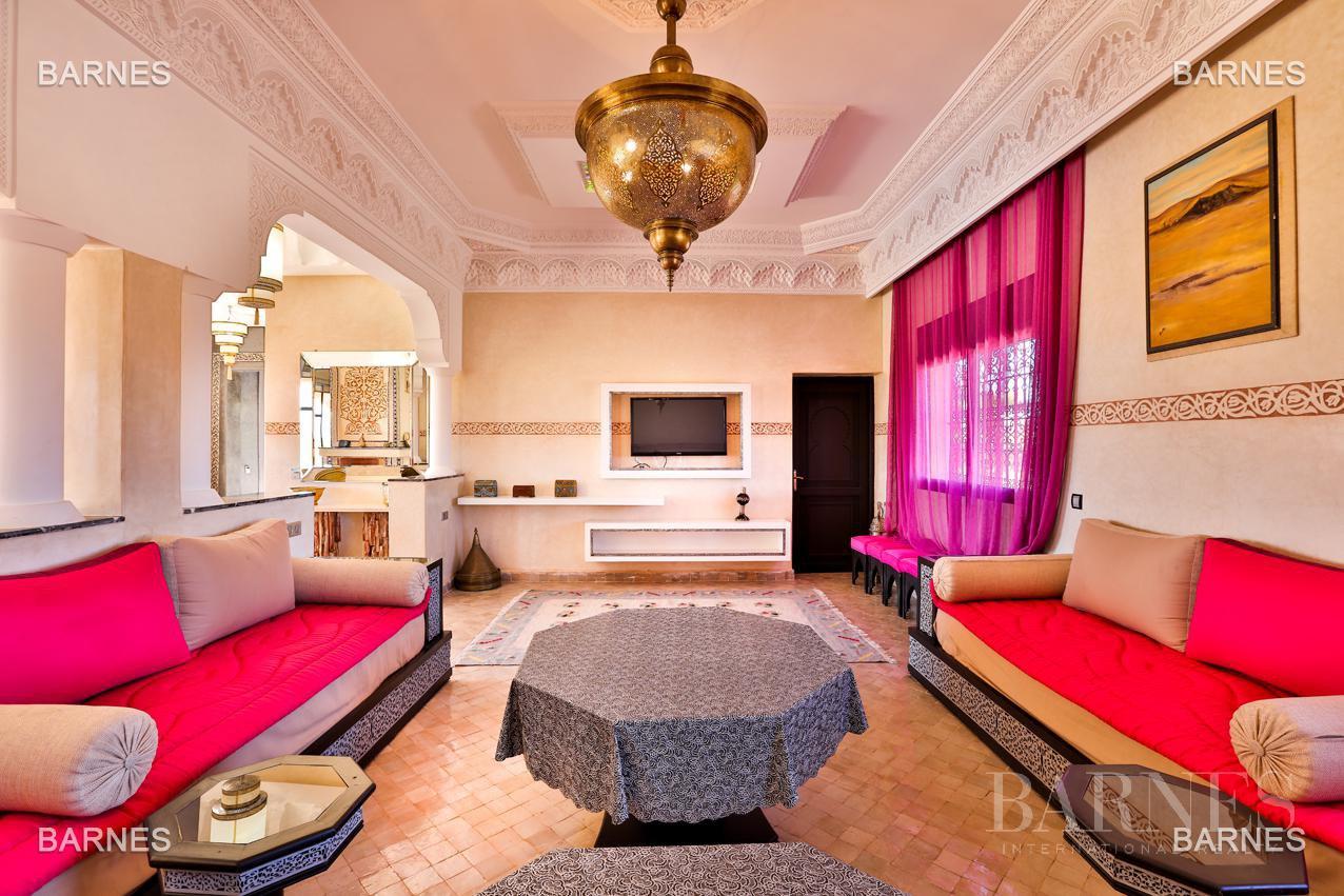 Marrakech  - Villa 5 Pièces 3 Chambres - picture 4