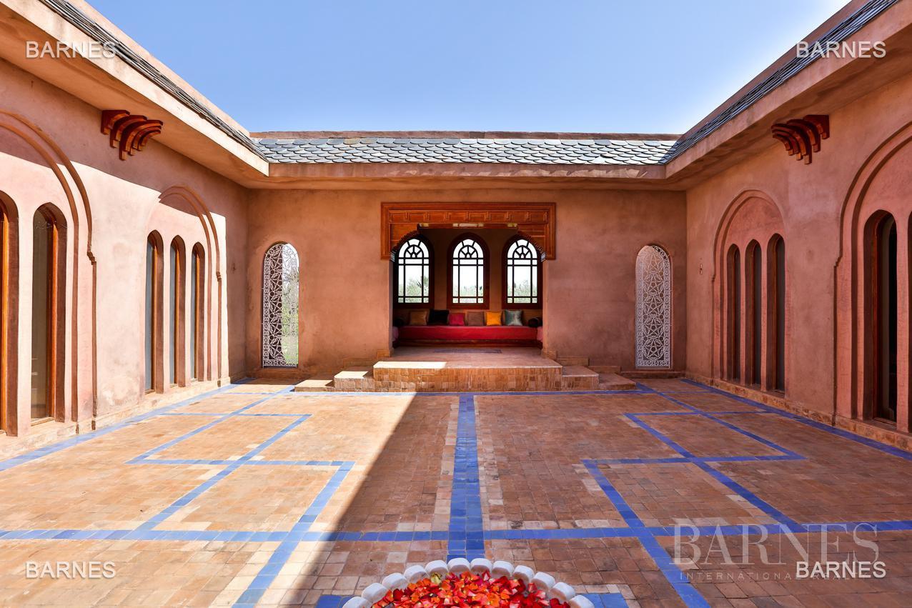 Moroccan architecture Villa in a private domain of 6 villas picture 6