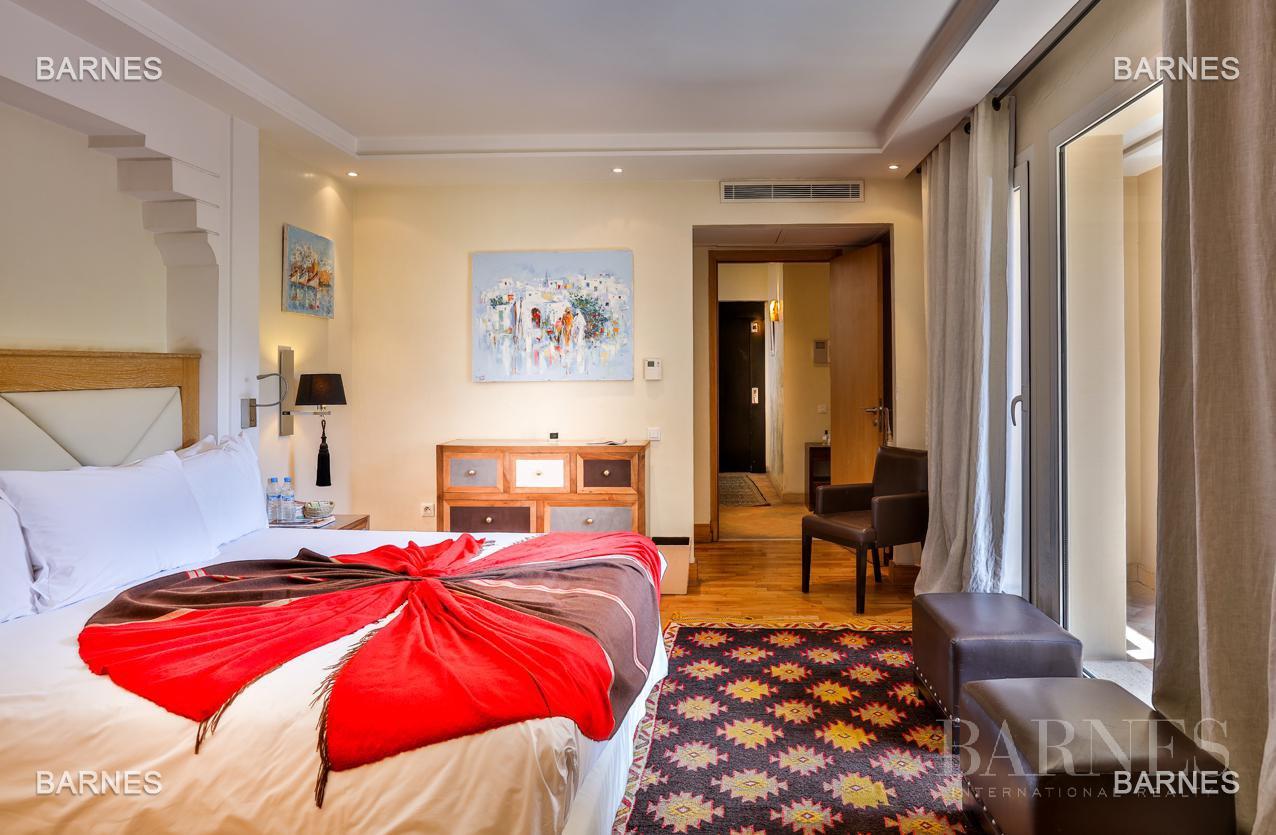 Située entre Medina et Ville nouvelle , superbe villa type Ryad dans un Hotel 5 étoiles . picture 14