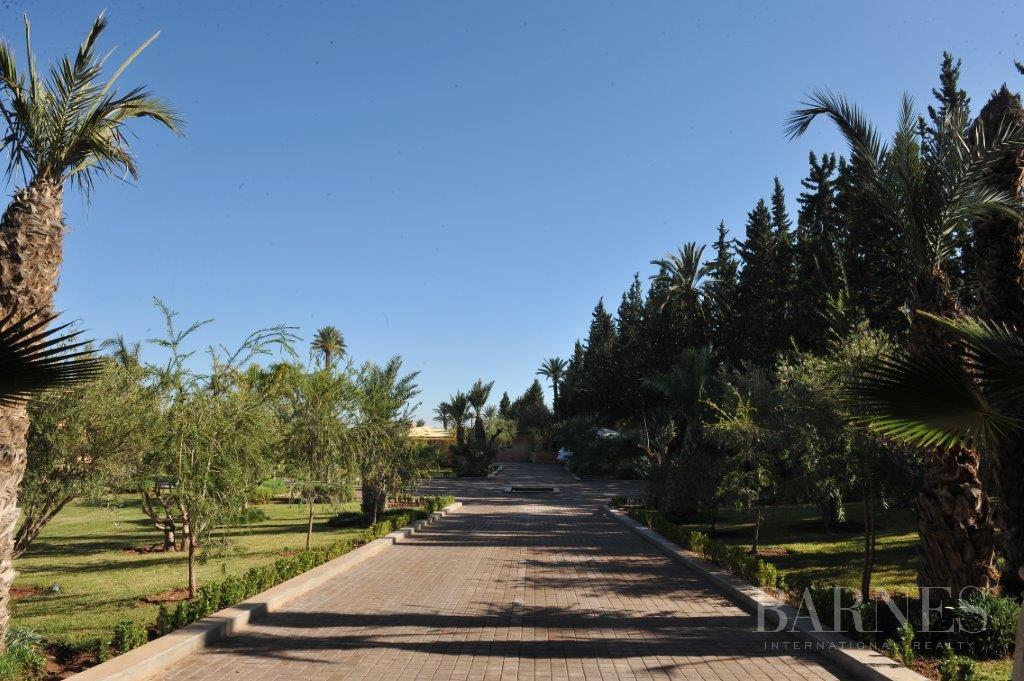 Marrakech  - Maison 10 Pièces 5 Chambres - picture 2
