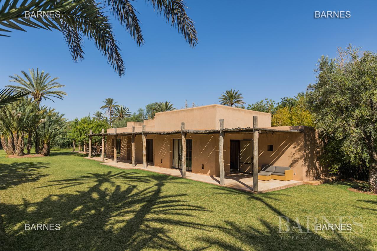 propriété de style contemporaine dans la palmeraie  de marrakech sur un parc de 3 hectares de palmier dattier picture 4
