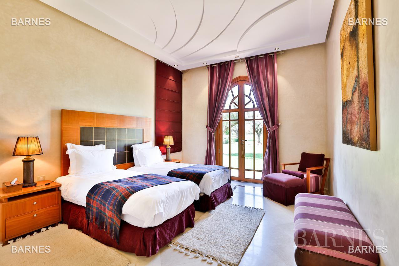 Moroccan architecture Villa in a private domain of 6 villas picture 13