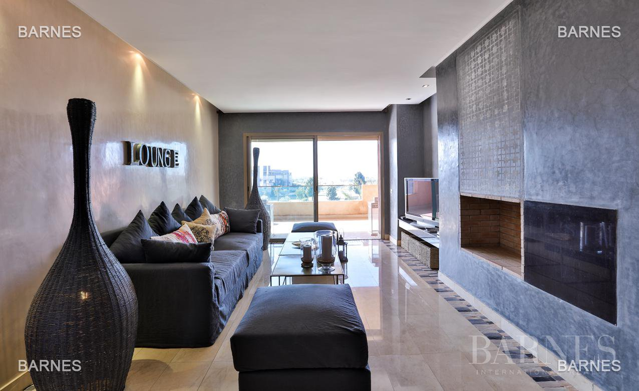 Very beautiful new apartment located in a beautiful golf residence picture 13