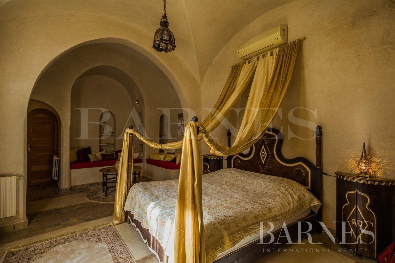 Marrakech  - Maison 6 Pièces 5 Chambres - picture 12