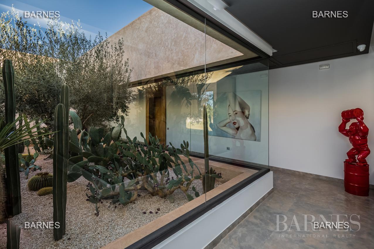 somptueuse villa contemporaine sur un parc de 3 hectares à 30 min de Marrakech picture 14