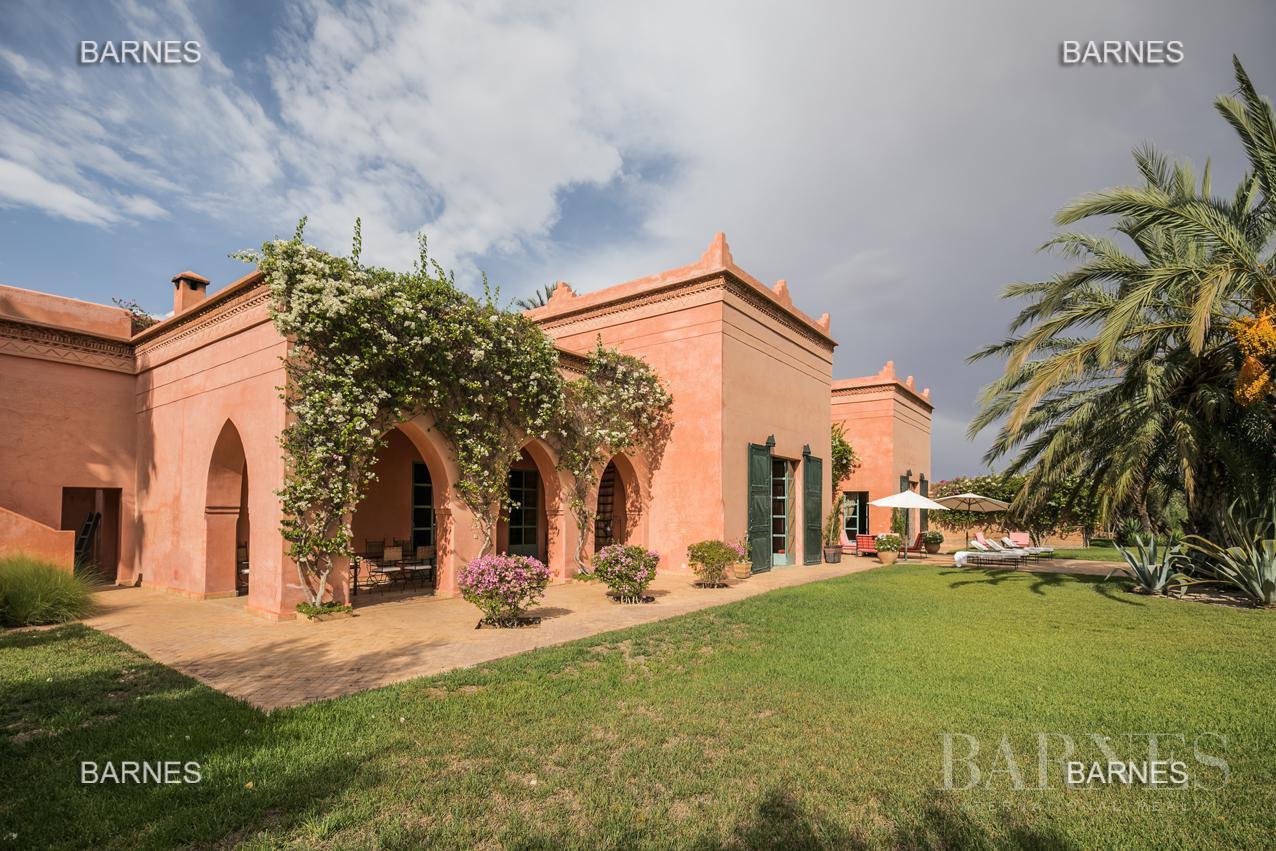 Marrakech  - Maison 9 Pièces 7 Chambres - picture 1