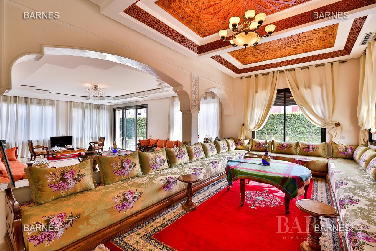 Marrakech  - Villa 8 Pièces 6 Chambres - picture 10
