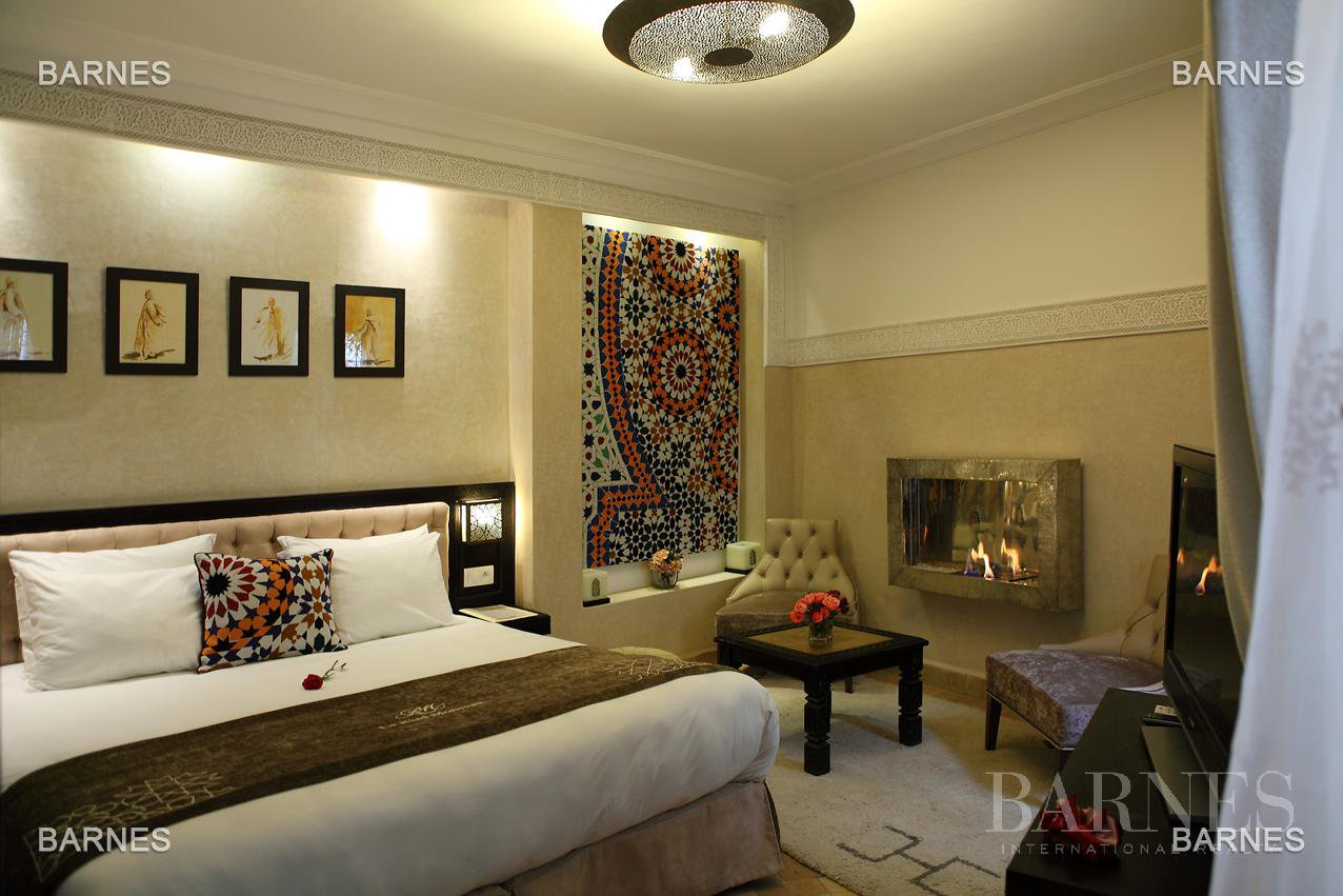 Sumptuous Arab-Andalusian palace + New York-inspired independent loft picture 16