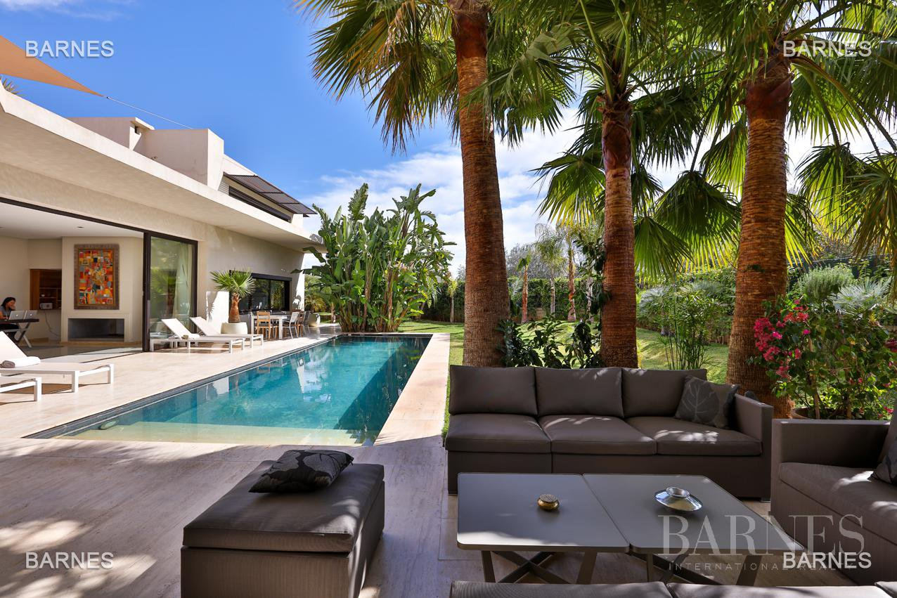Très belle villa de style contemporaine sur un terrain de 1.000 m² picture 2