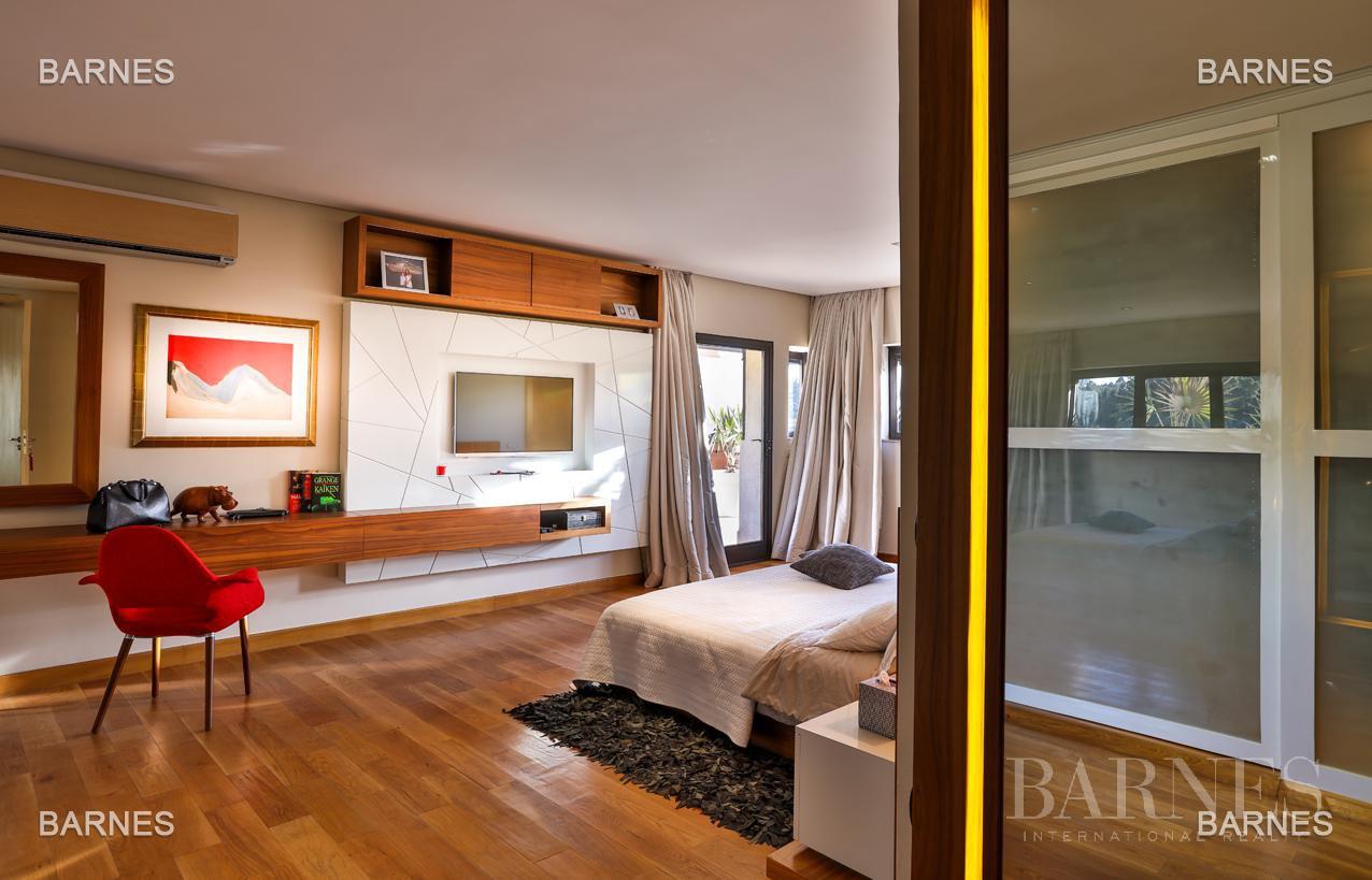 Très belle villa de style contemporaine sur un terrain de 1.000 m² picture 12
