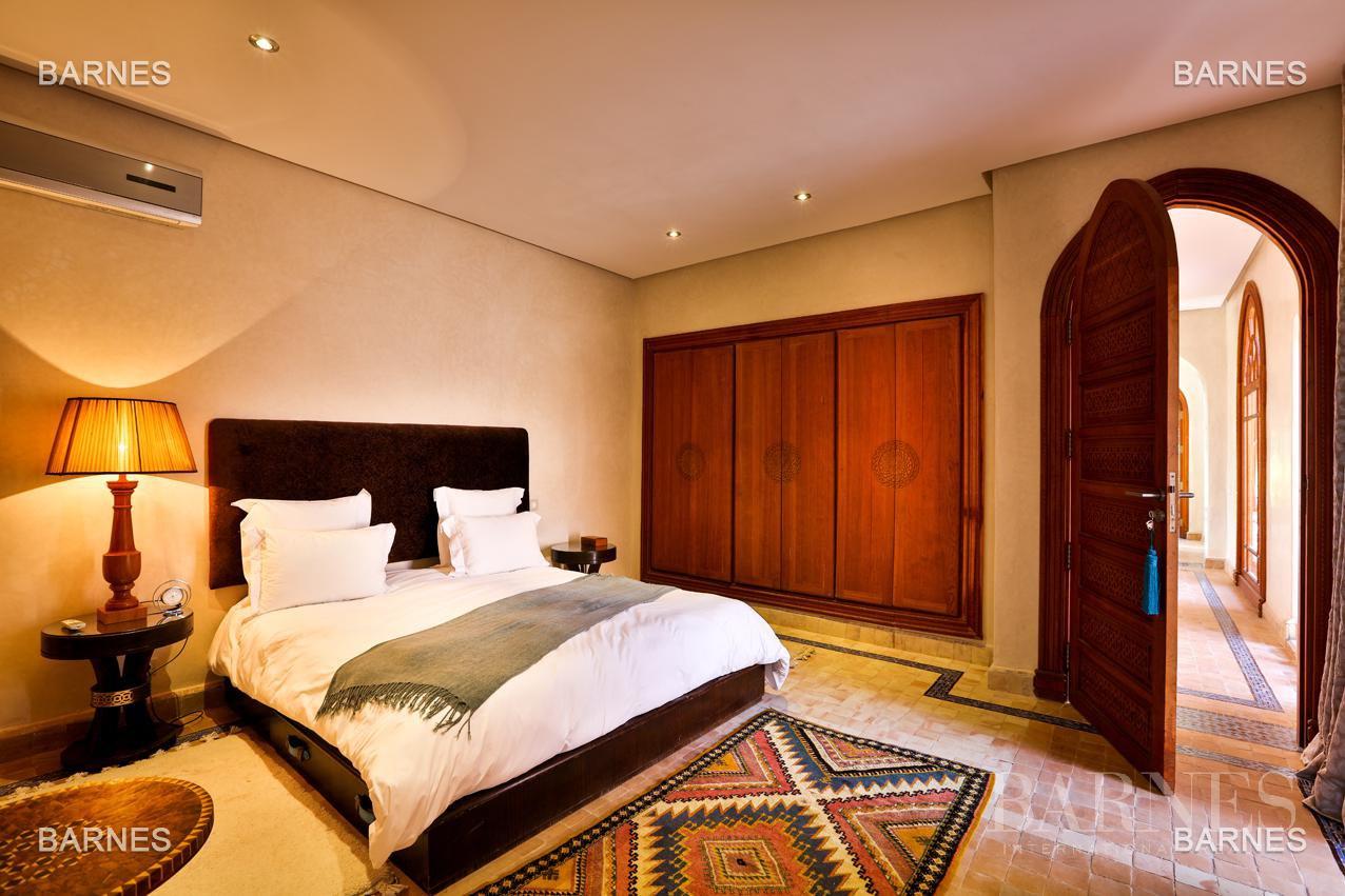 Moroccan architecture Villa in a private domain of 6 villas picture 14