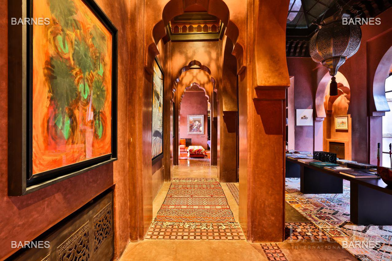 great inspiration Moroccan and European comfort property , nestled in a beautiful 1 hectare to 10 minutes from downtown Park. picture 9