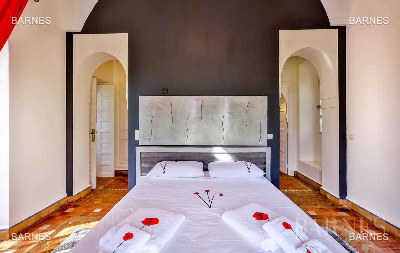 Superbe Villa meublée avec gout signée Charles Boccara dans une résidence sécurisée picture 6