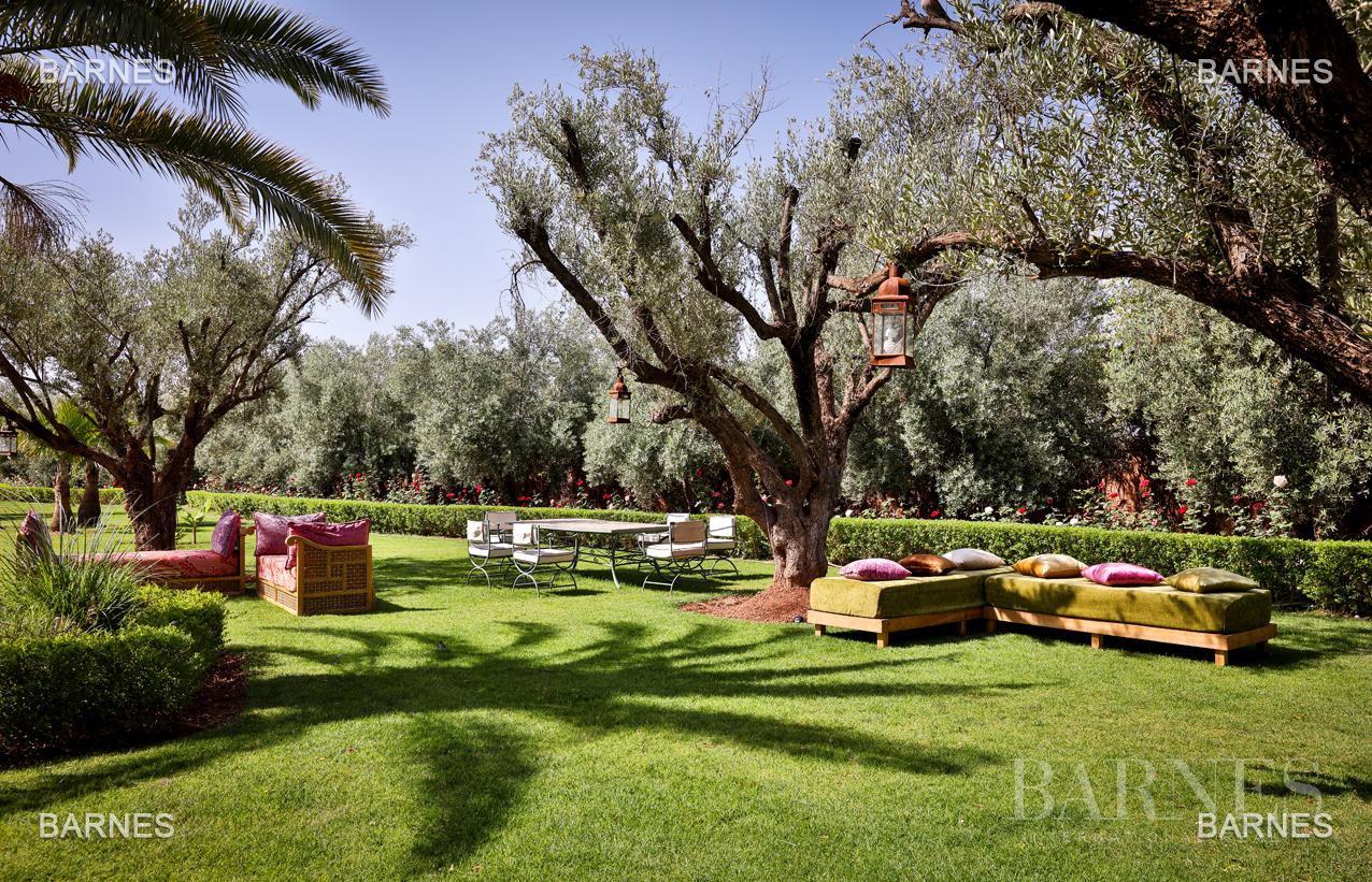 Moroccan architecture Villa in a private domain of 6 villas picture 8