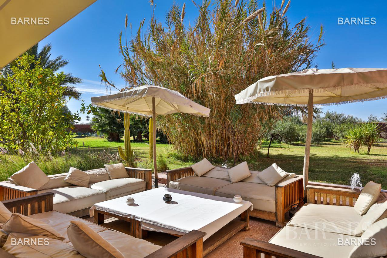 Luxueuse villa contemporaine situé à 15minutes du centre ville en direction de Fès. picture 1