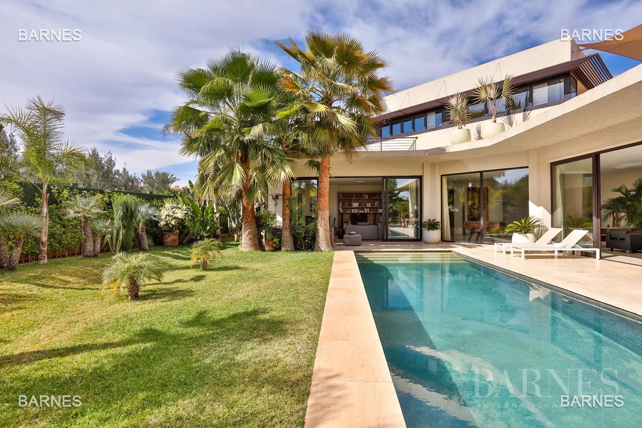 Très belle villa de style contemporaine sur un terrain de 1.000 m² picture 1