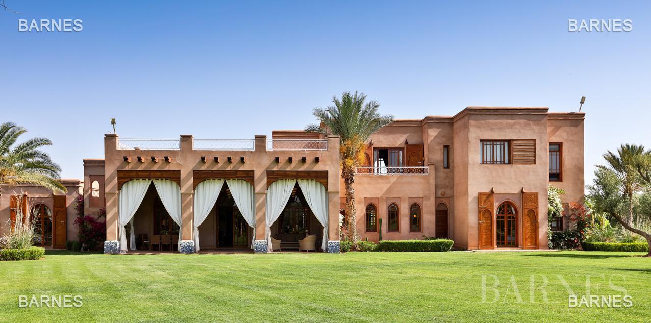 Moroccan architecture Villa in a private domain of 6 villas picture 18