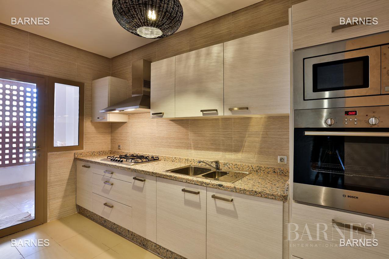 Very beautiful new apartment located in a beautiful golf residence picture 7