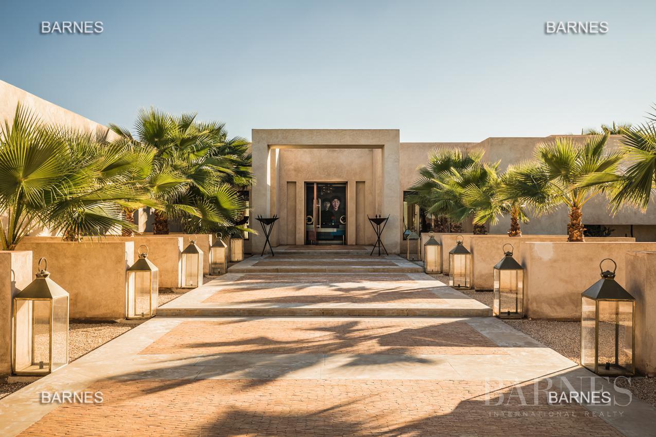 somptueuse villa contemporaine sur un parc de 3 hectares à 30 min de Marrakech picture 1