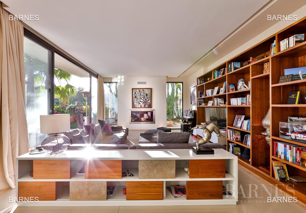 Très belle villa de style contemporaine sur un terrain de 1.000 m² picture 8
