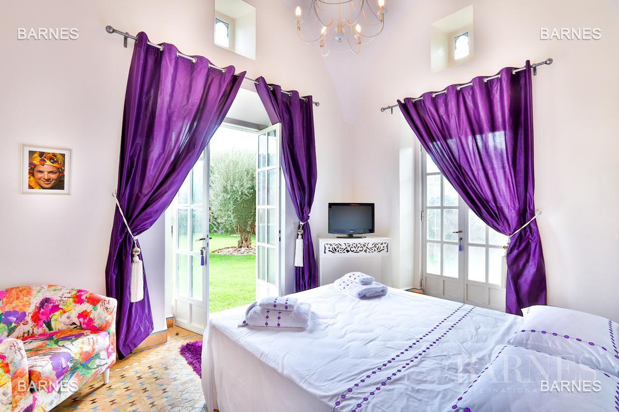 Superbe Villa meublée avec gout signée Charles Boccara dans une résidence sécurisée picture 11