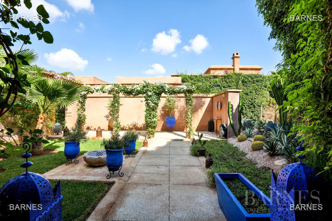 Superbe Villa meublée avec gout signée Charles Boccara dans une résidence sécurisée picture 18