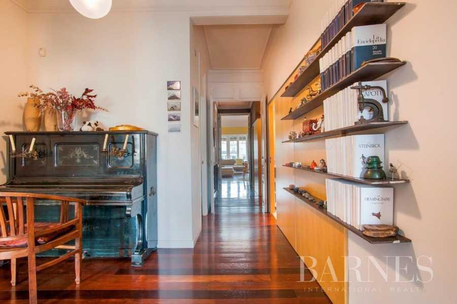 Barcelona  - Appartement 6 Pièces 4 Chambres