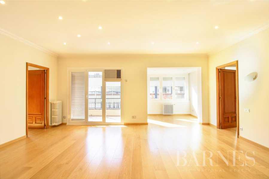 Barcelona  - Appartement 6 Pièces 6 Chambres