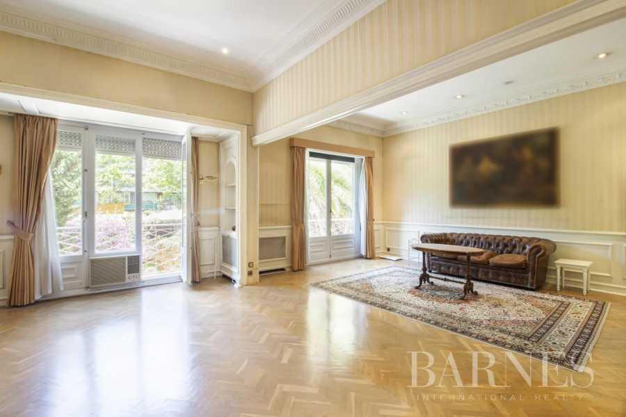 Barcelona  - Appartement 5 Pièces 4 Chambres