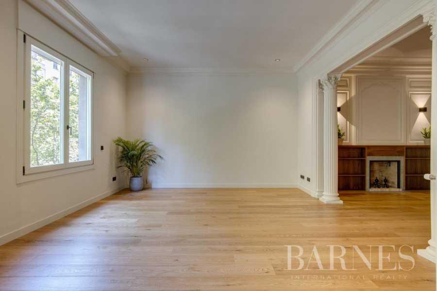 Barcelona  - Appartement 4 Pièces 4 Chambres
