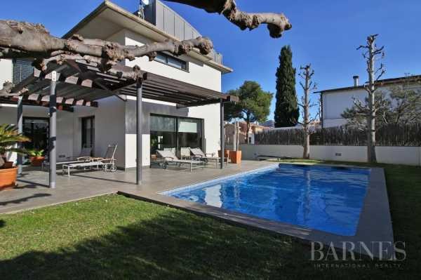 Chalet Roses  -  ref 2945712 (picture 1)