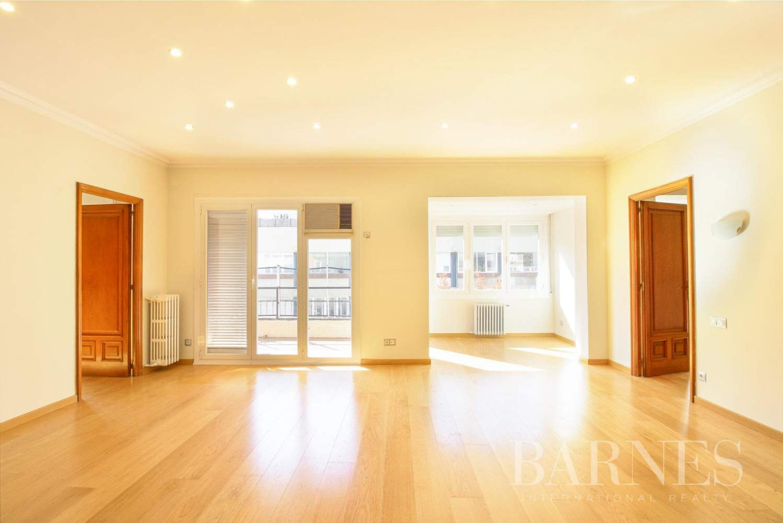 Barcelona  - Appartement 6 Pièces 6 Chambres - picture 2