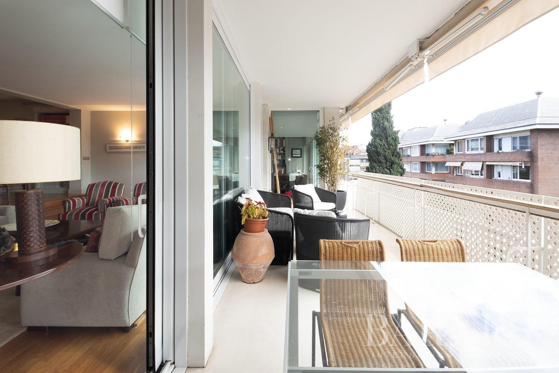 Barcelona  - Appartement 5 Pièces 5 Chambres - picture 12