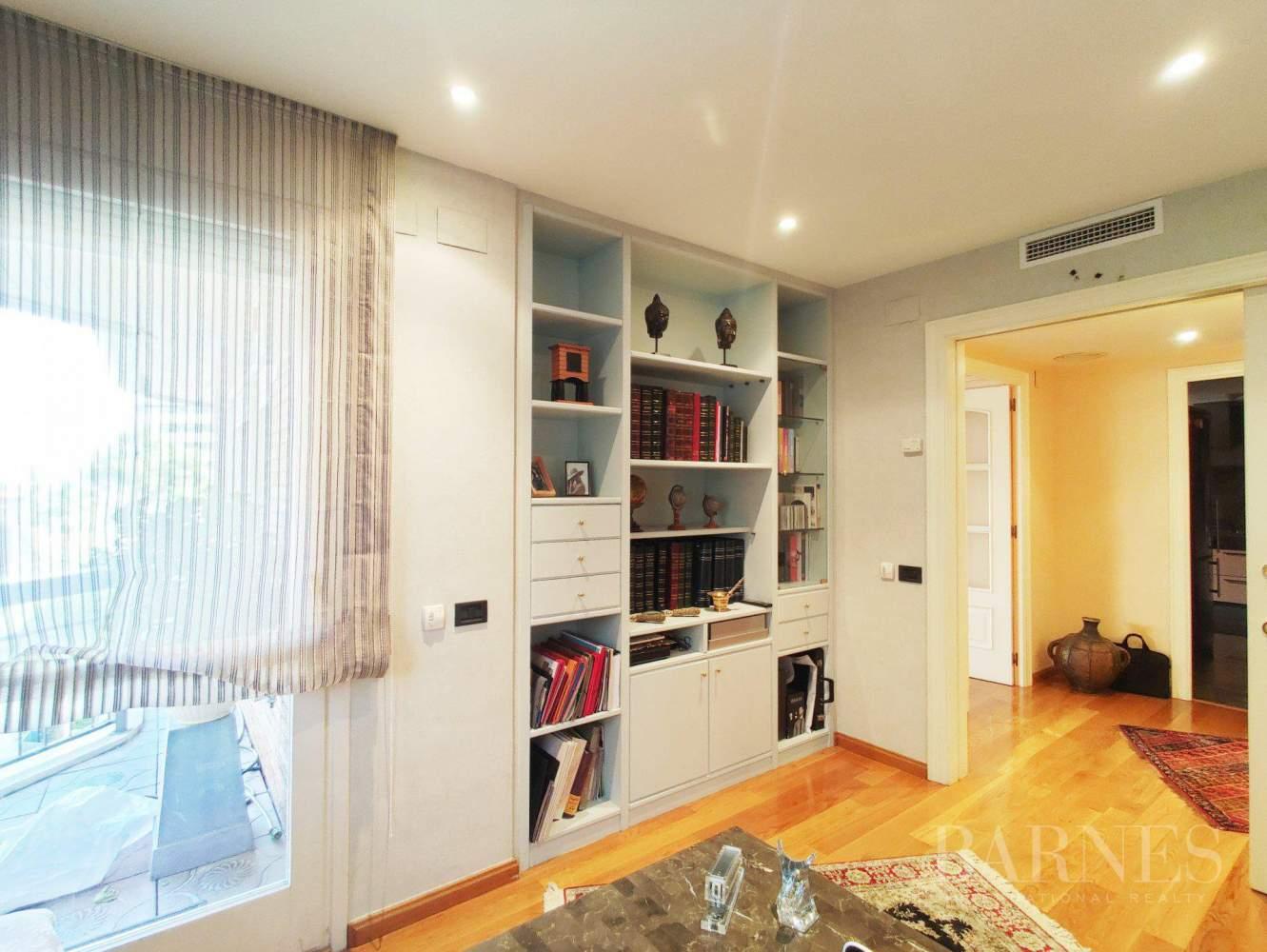 Barcelona  - Appartement 4 Pièces 4 Chambres - picture 18