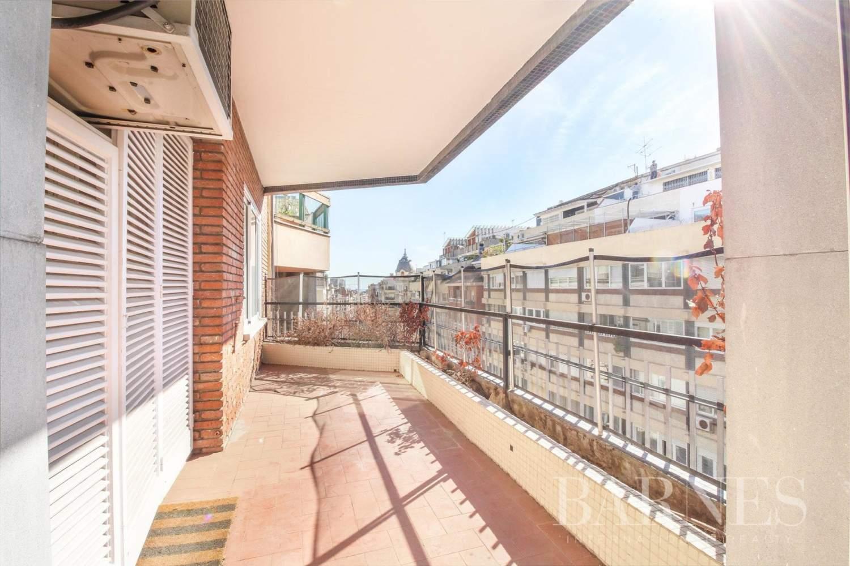 Barcelona  - Appartement 6 Pièces 6 Chambres - picture 4