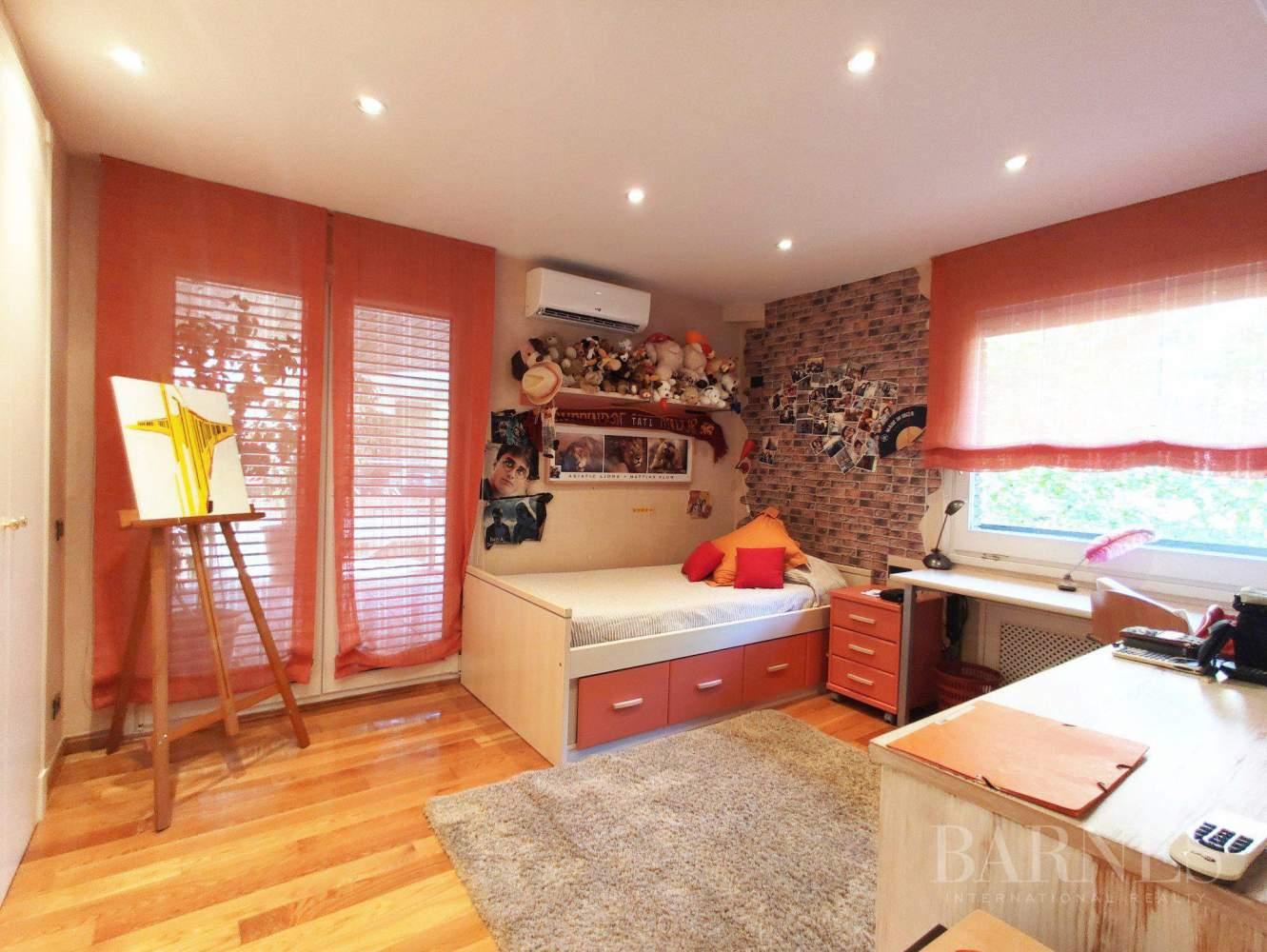 Barcelona  - Appartement 4 Pièces 4 Chambres - picture 5