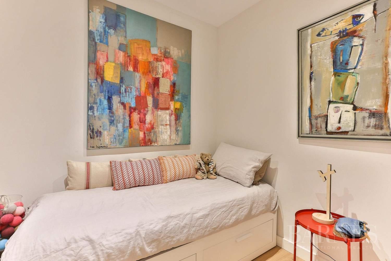 Barcelona  - Appartement 4 Pièces 4 Chambres - picture 12