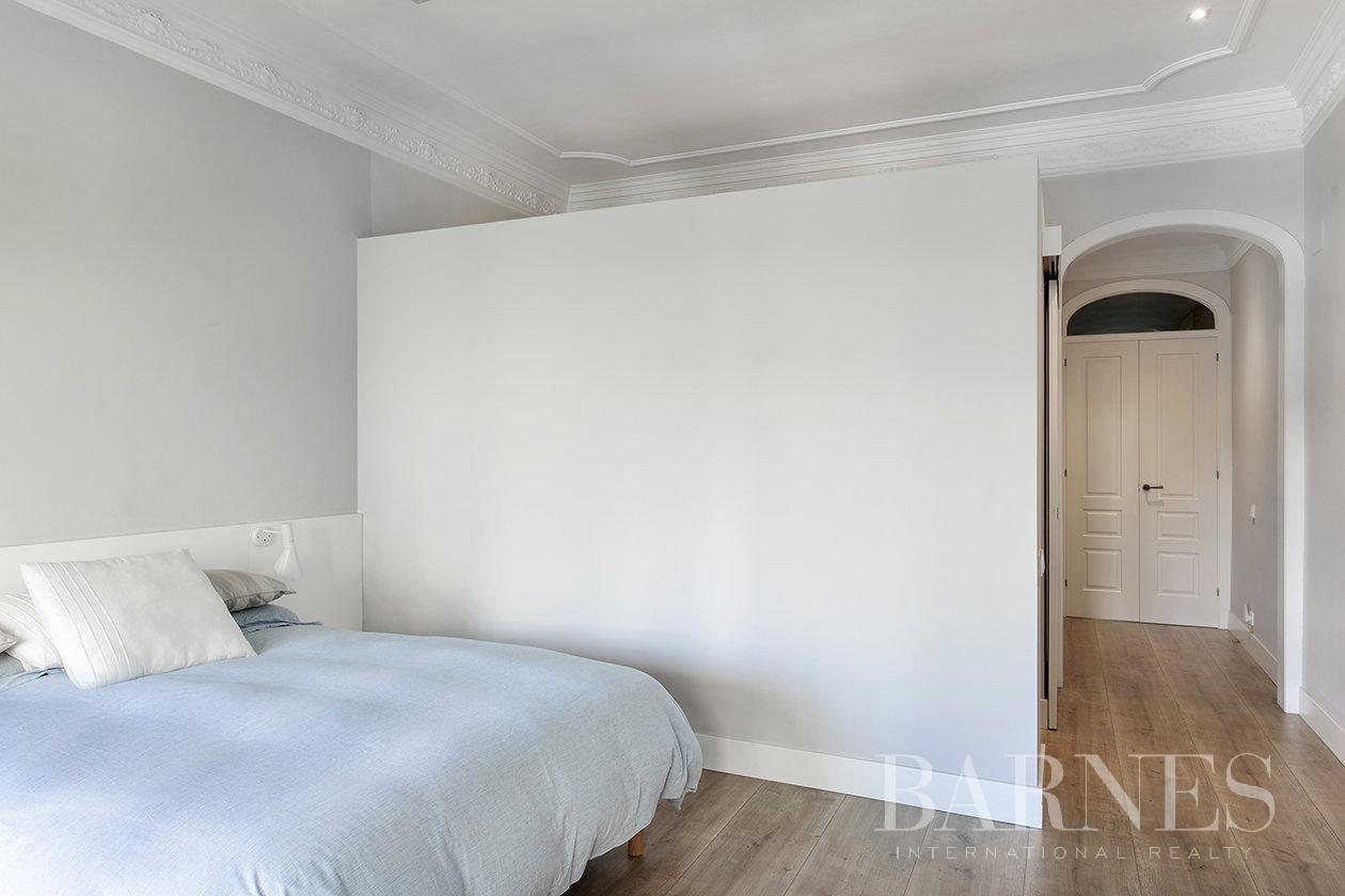 Barcelona  - Appartement 4 Pièces 4 Chambres - picture 13