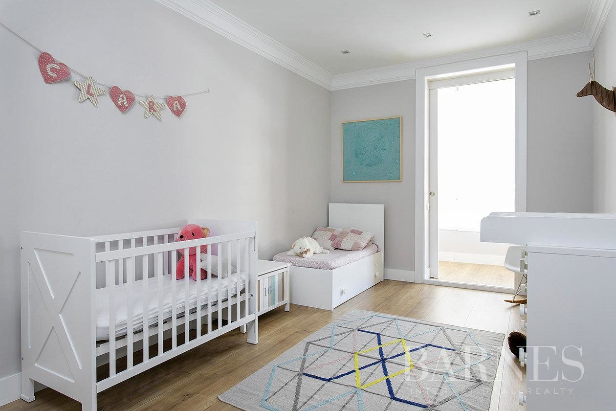 Barcelona  - Appartement 4 Pièces 4 Chambres - picture 19