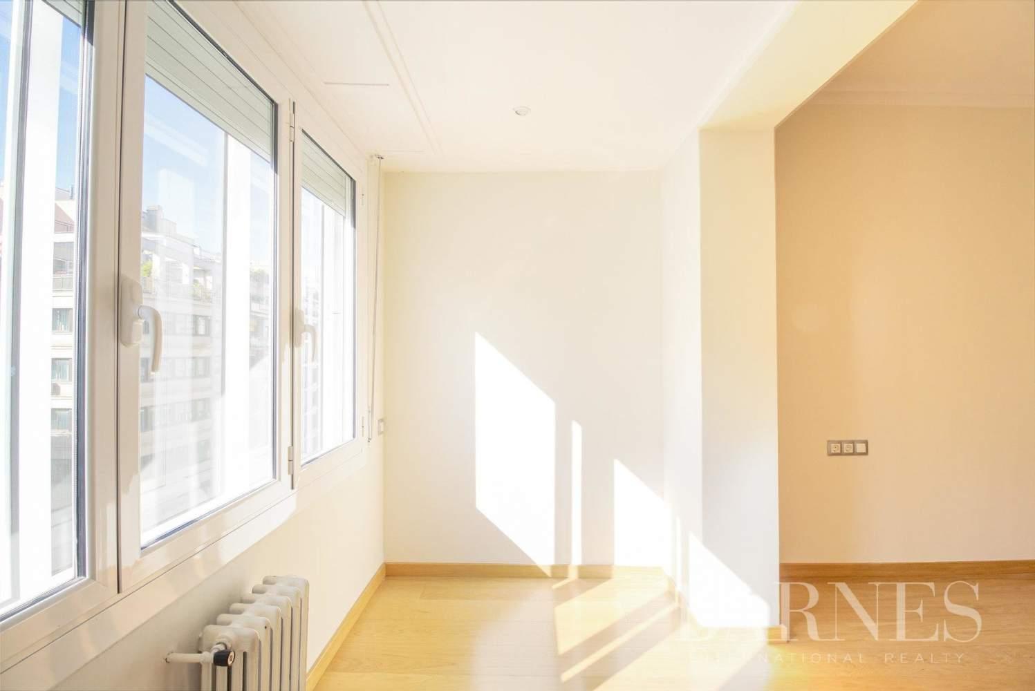 Barcelona  - Appartement 6 Pièces 6 Chambres - picture 14
