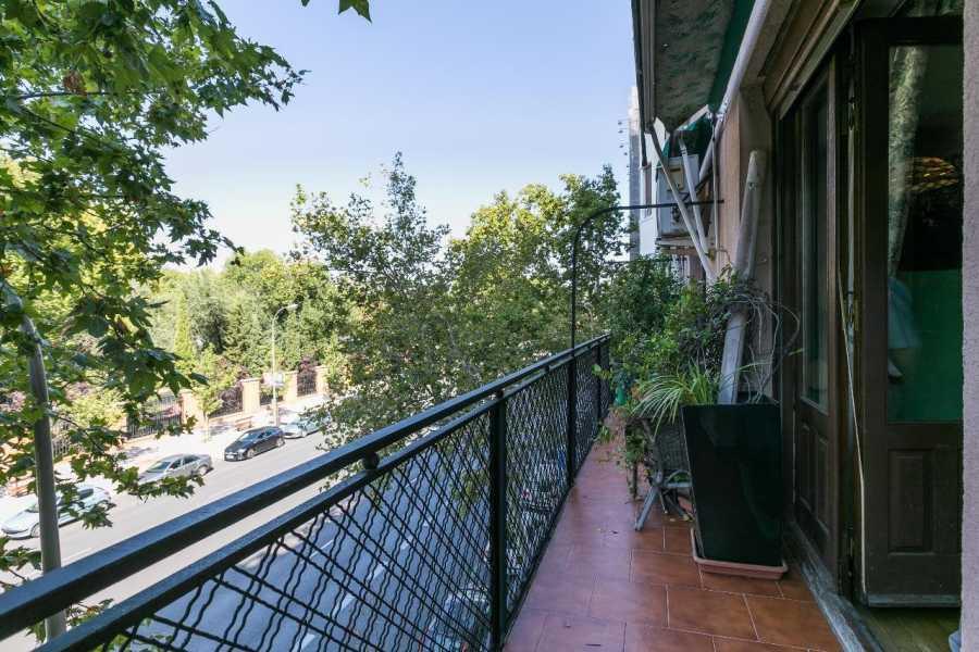 Madrid  - Piso 5 Cuartos 4 Habitaciones